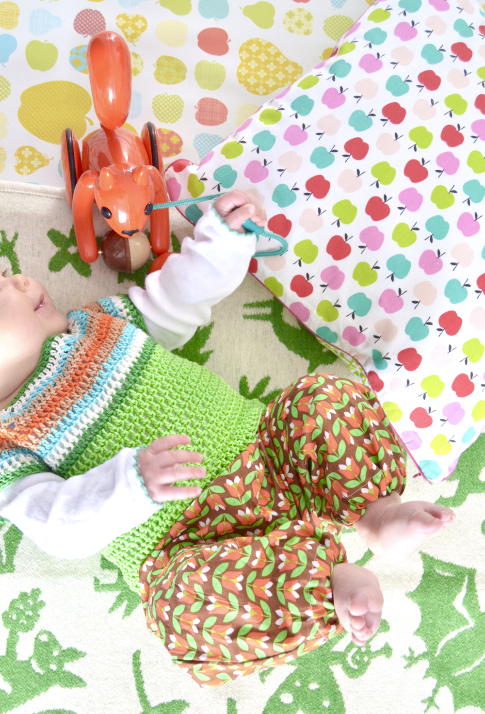 150 Baby Quilt Patronen.Retro Sweater For The Littlest Ones Byclaire Crochet